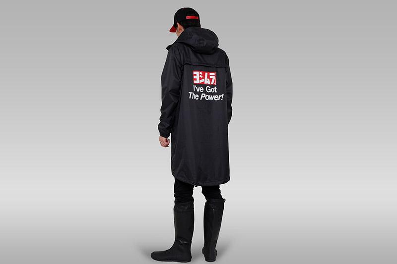 Rainjacket_back_man